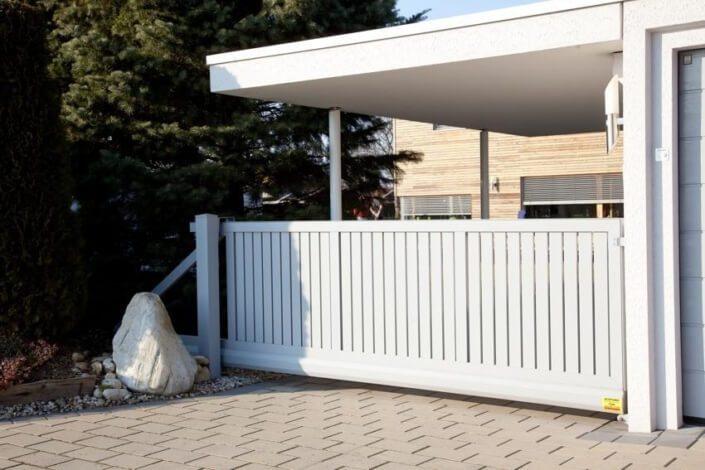 alu sichtschutz ihr neuer aluminium sichtschutz f r mehr privatsph re. Black Bedroom Furniture Sets. Home Design Ideas